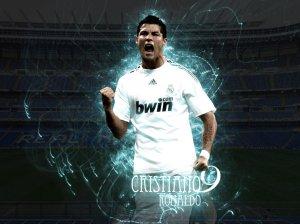 Cristiano Ronaldo (CR)