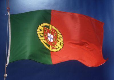 Bendera Spanyol Bergerak